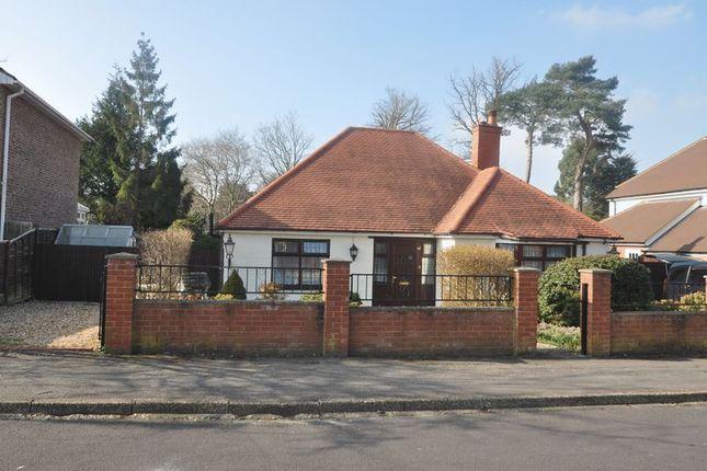 Thumbnail Detached bungalow to rent in Elms Road, Fleet