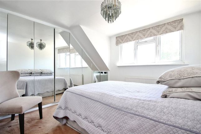 Thumbnail Semi-detached house to rent in Welley Road, Wraysbury, Staines-Upon-Thames, Berkshire