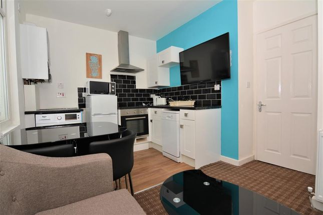 Thumbnail Shared accommodation to rent in Union Street, Middlesbrough