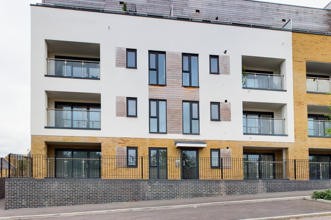 2 bed flat for sale in Bowen Road, Locking Parlands, Weston Super Mare BS24