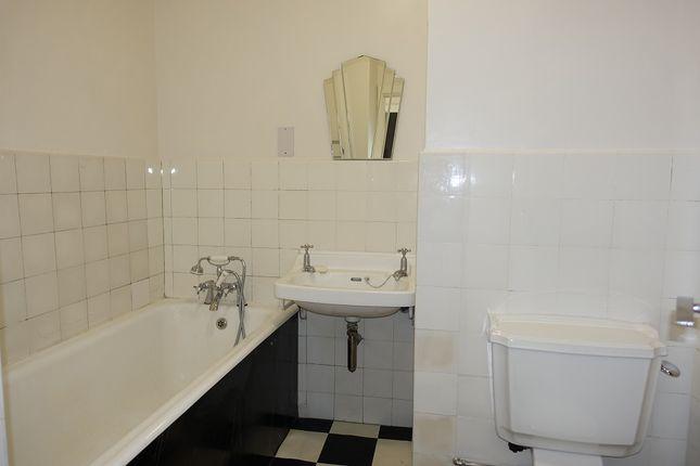 Bathroom of Marine Court, St Leonards On Sea TN38