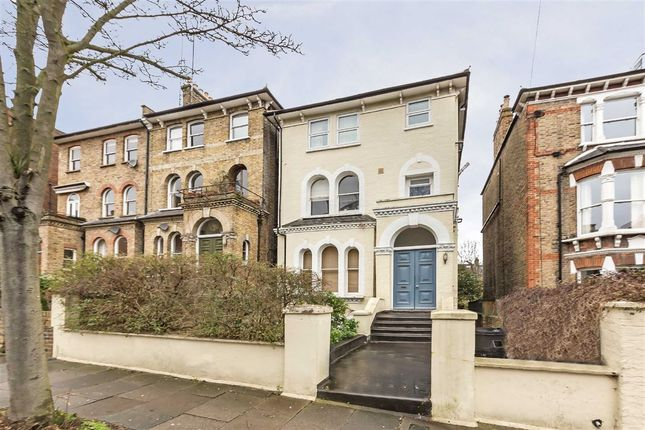 2 bed flat for sale in Anson Road, London