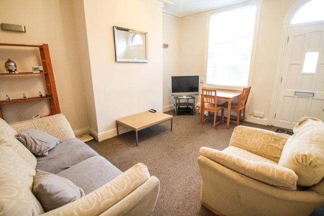 Thumbnail Terraced house to rent in All Bills Included, Haddon Place, Burley