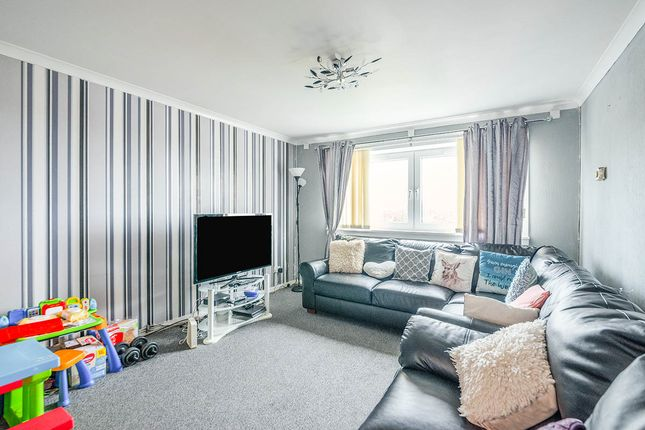 Thumbnail Flat for sale in Sandpiper Drive, East Kilbride, Glasgow, South Lanarkshire