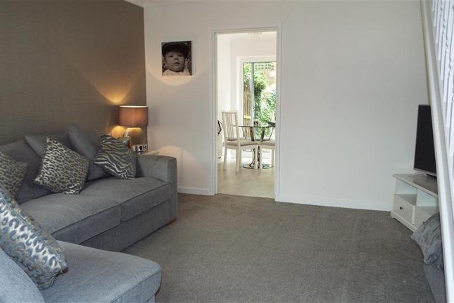 Thumbnail Terraced house for sale in Whenman Avenue, Bexley, Kent