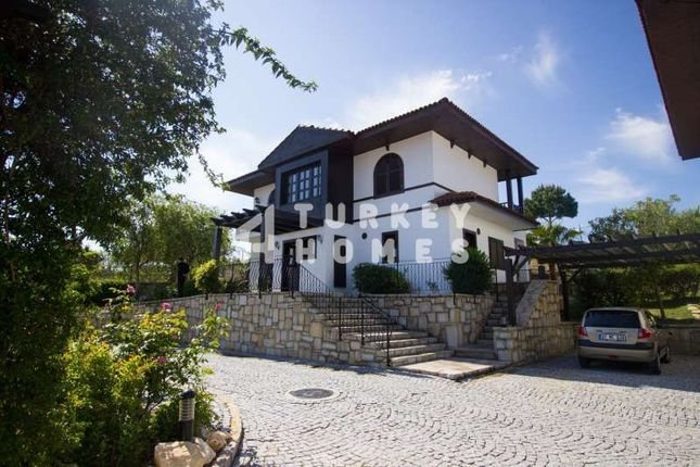 Detached Traditional Style Villa - Manavgat - Driveway And Carport