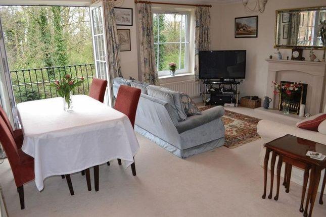 Thumbnail Flat for sale in Mortley Close, Tonbridge