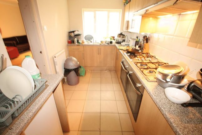 Thumbnail Terraced house to rent in Gordon Road, Cathays, Cardiff