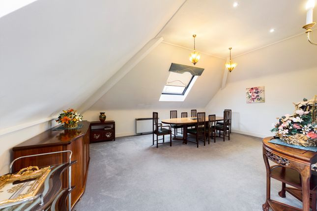 Dining Room of The Forresters, Winslow Close, Eastcote HA5
