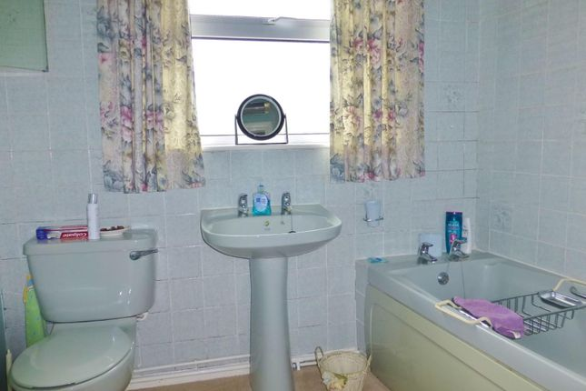 Bathroom of Main Street, Belton In Rutland, Oakham LE15