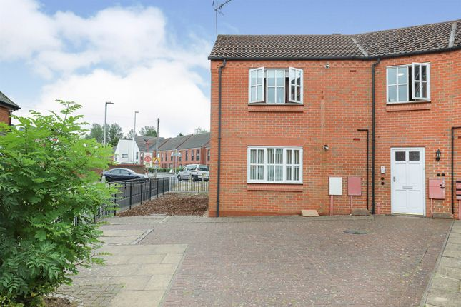 1 bed flat for sale in Stourbridge Road, Kidderminster DY10