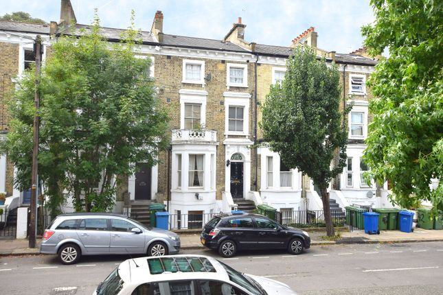 2 bed flat to rent in Wilson Road, London SE5