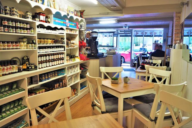 Thumbnail Restaurant/cafe for sale in Cafe & Sandwich Bars CW3, Audlem, Cheshire