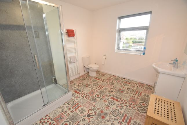 Shower Room of Clifton Crescent, Falmouth TR11