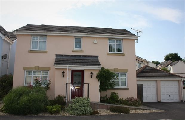 Thumbnail Detached house for sale in Chestnut Crescent, Chudleigh, Newton Abbot, Devon.