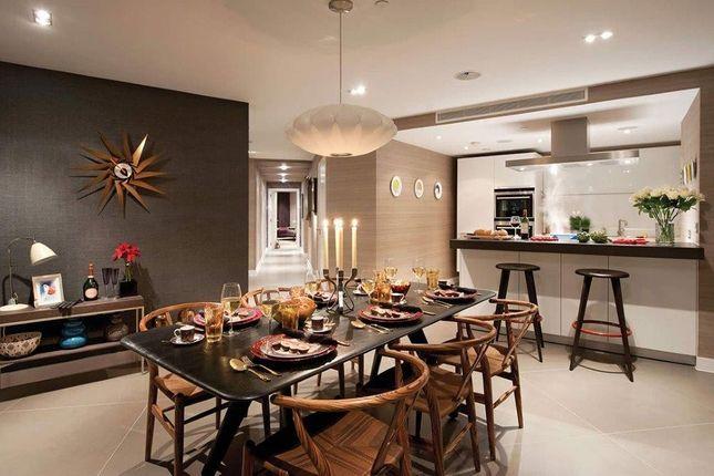 Thumbnail Flat to rent in Bezier Apartments, Premier Unit, City Road, London