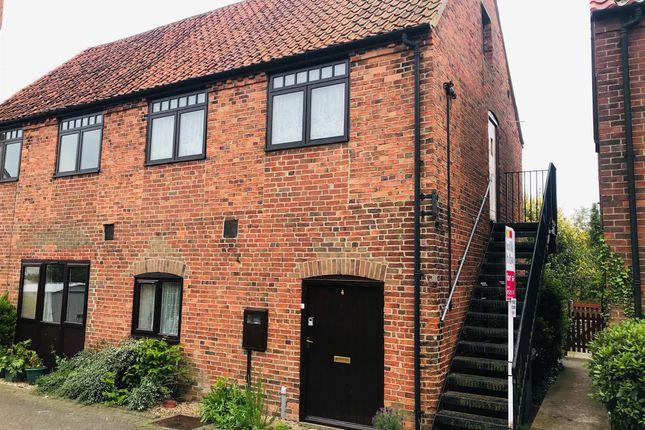 Thumbnail Flat for sale in Tannery Lane, Folkingham, Sleaford
