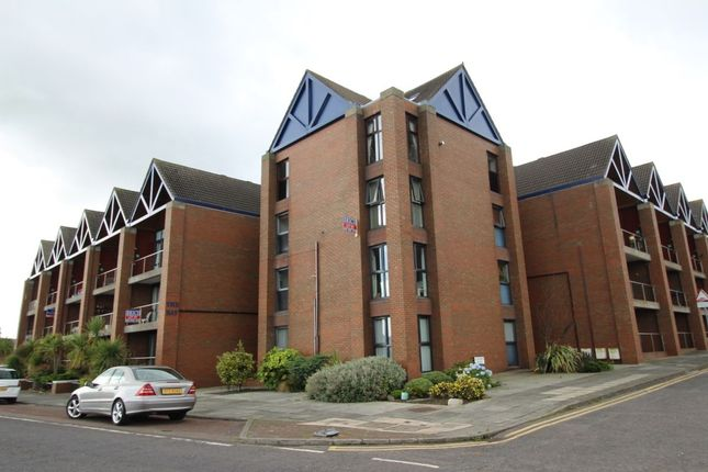Thumbnail Flat to rent in The Bay, Seacliff Road, Bangor