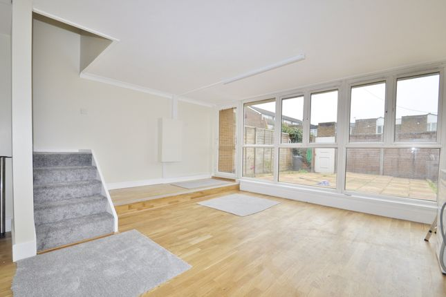 Thumbnail Terraced house to rent in Distillery Walk, Brentford