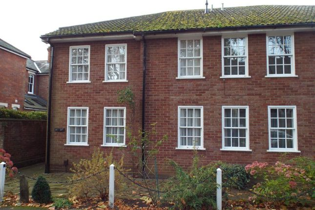 Thumbnail Flat to rent in Chiltern Road, Hitchin
