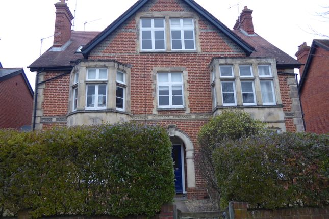 Flat to rent in St Andrews Road, Henley On Thames