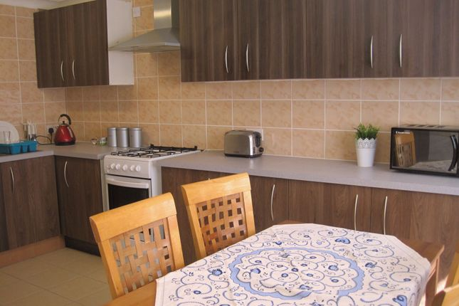 Thumbnail Room to rent in Campion Close, Room 3, Coventry