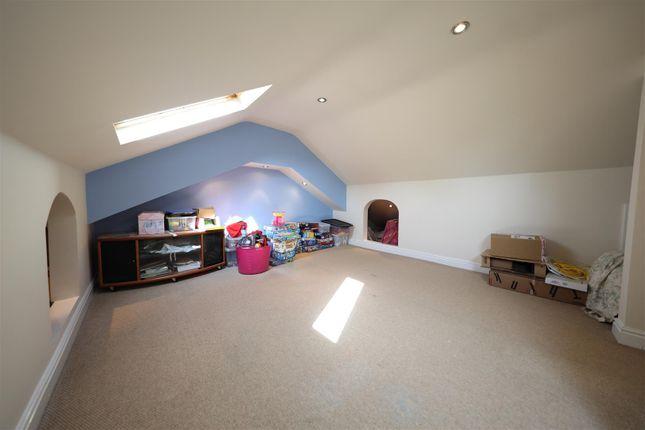 Loft Space of Orkney Close, Hull HU8