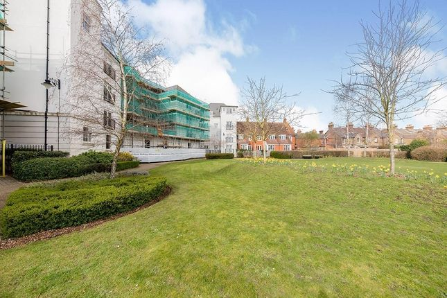 3 bed flat to rent in Old Watling Street, Canterbury CT1