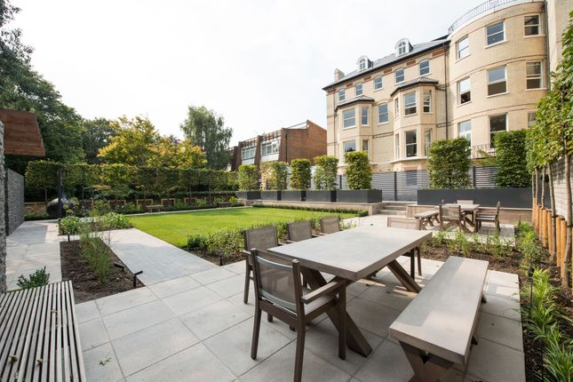 Thumbnail Flat to rent in Arkwright Road, Hampstead