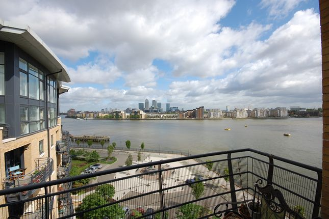 Thumbnail Flat to rent in Glaisher Street, Millennium Quay, London