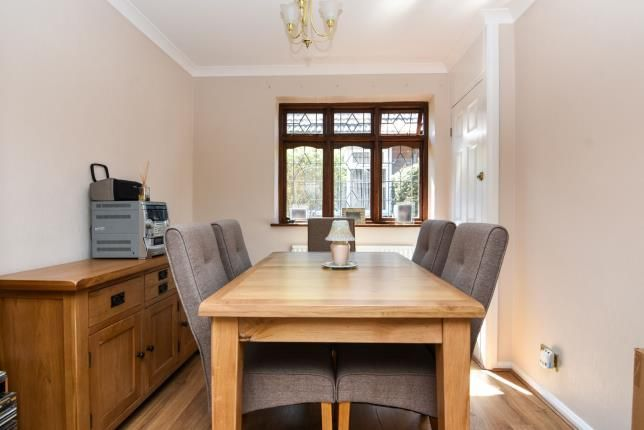Dining Room of Romford, Havering, United Kingdom RM1