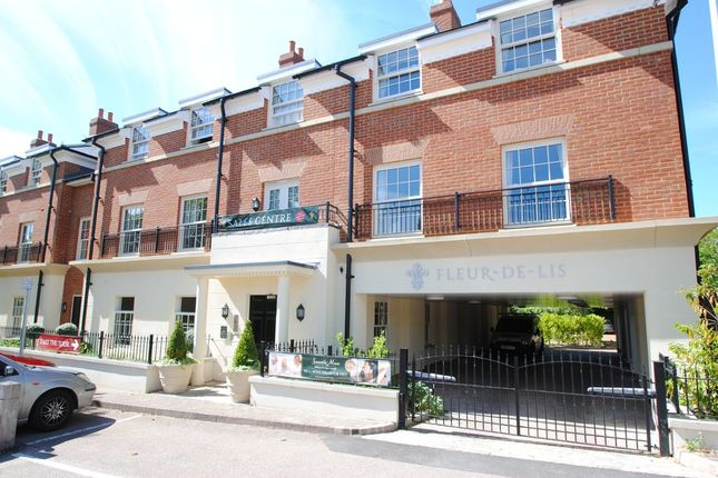 Thumbnail Property for sale in Dairy Walk, Hartley Wintney, Hook