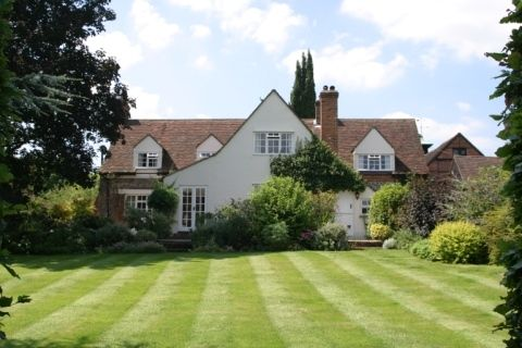 Thumbnail Detached house to rent in Southend, Henley-On-Thames