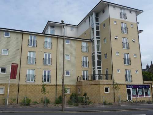 Thumbnail Flat to rent in Queen Square Station Road, Morecambe