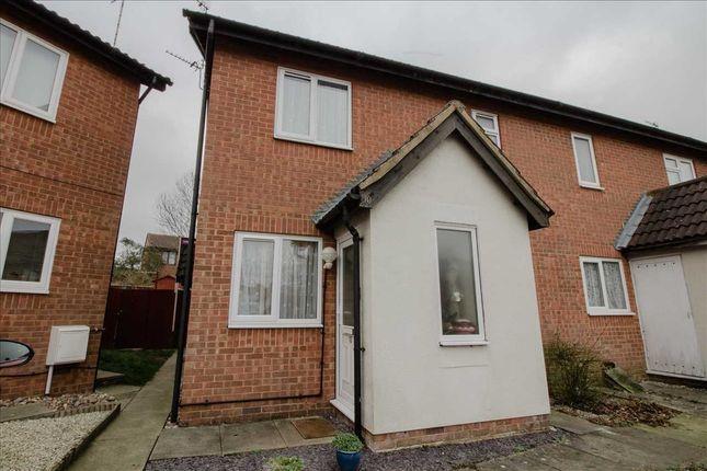 Main Picture of Porlock Lane, Furzton, Milton Keynes MK4