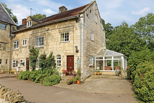 Thumbnail Terraced house for sale in Cheltenham Road, Stroud, Gloucestershire
