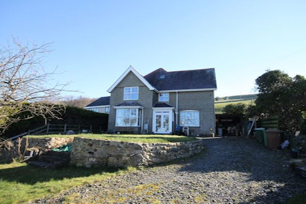 Thumbnail Detached house for sale in Llwyngwril, Llwyngwril