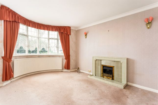 Sitting Room of Queens Park Parade, Northampton NN2