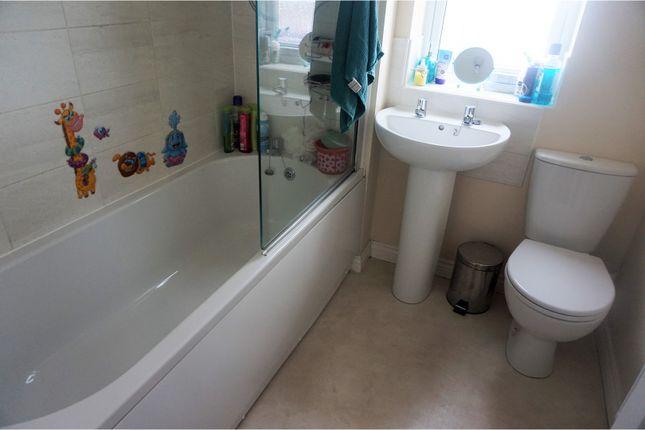 Family Bathroom of Rhodfa Delme, Llanelli SA15