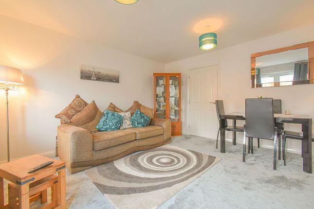 Lounge-2 of Tewkesbury Street, Blackburn BB2