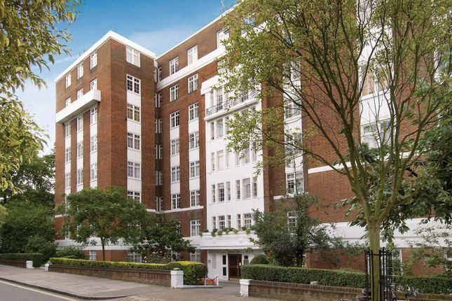 Picture No.04 of Langford Court, 22 Abbey Road, St John's Wood NW8