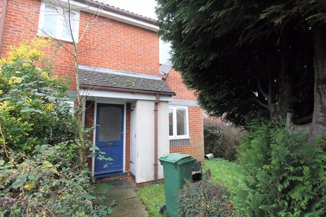 Find 1 Bedroom Houses For Sale In Worcester Park Zoopla