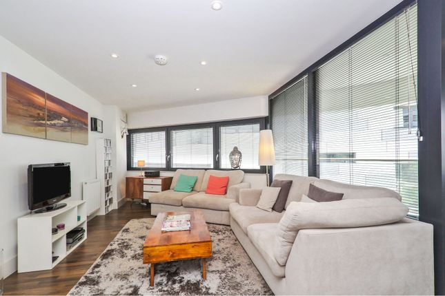 Open Plan Living of 4 Lambarde Square, Greenwich SE10
