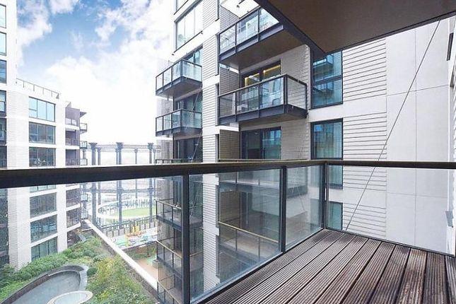 Balcony of Handyside Street, London N1C