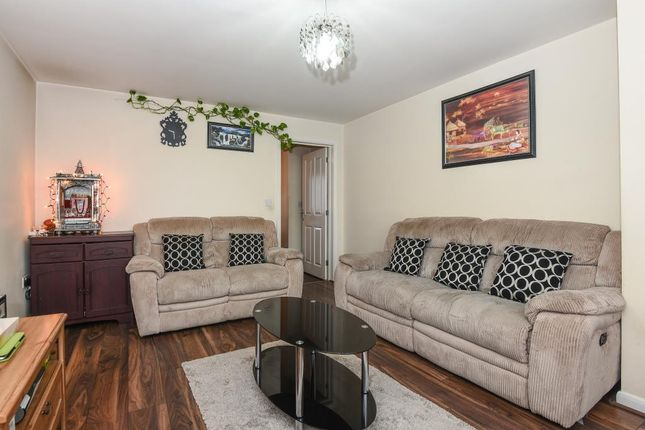 Thumbnail Semi-detached house to rent in Kingsmere, Bicester