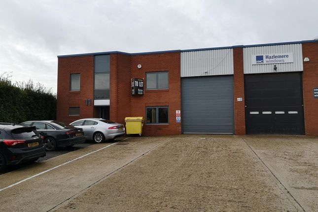 Thumbnail Warehouse to let in Mundells Industrial Estate, Welwyn Garden City