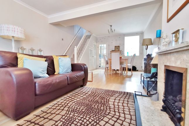 Thumbnail Terraced house for sale in Brunswick Crescent, London