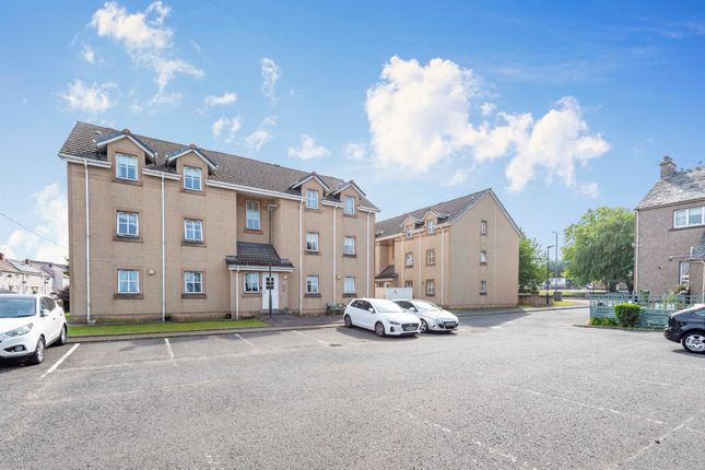 Thumbnail Flat for sale in Quakerfield, Bannockburn, Stirling
