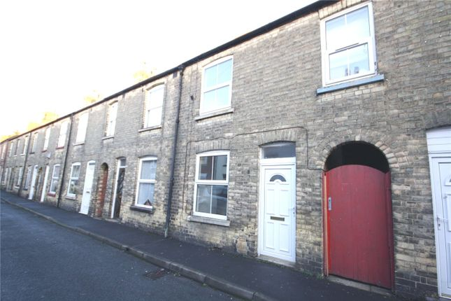 Thumbnail Terraced house to rent in Thomas Street, Sleaford, Lincolnshire