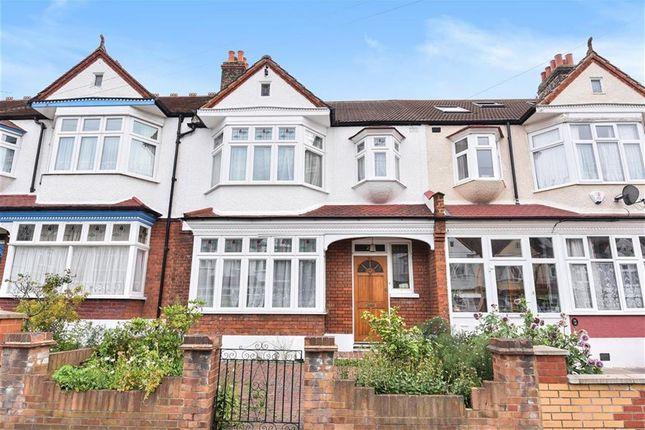 Thumbnail Terraced house for sale in Gateside Road, London